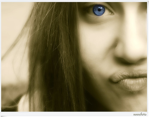 Blue is my color...by Benedetta Fittipaldi | by Mem Photo