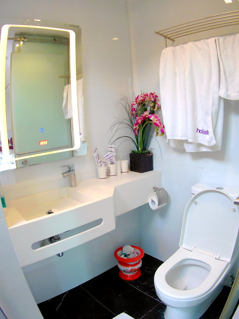 Hotel Kai Urban Skyloft Bathroom