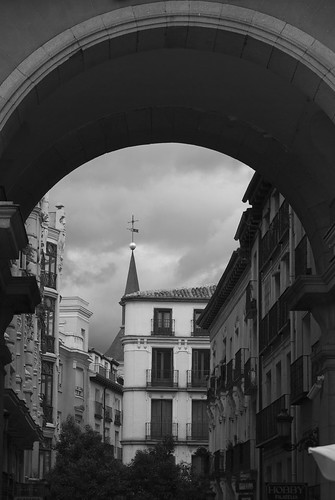 Puerta de la Plaza Mayor | by Oscar F. Hevia