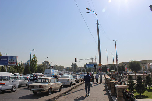 Traffic chaos, Toshkent | by Timon91