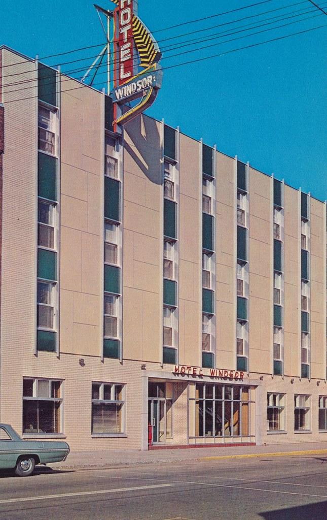 Hotel Windsor - La Tuque, Quebec