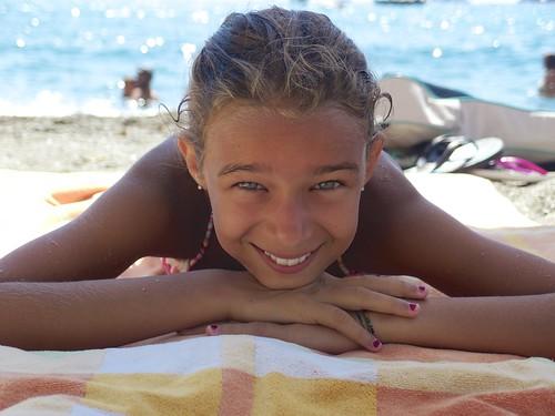 Tan nudegirls Nude Photos 13