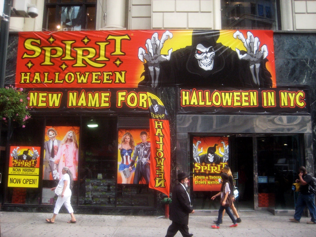 spirit halloween store on broadway and 33rd street 2013 ny… | flickr