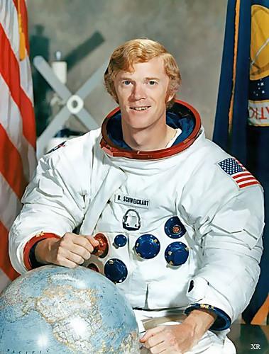 1969 ... hippies in spaaaaace! | Apollo 9 astronaut- Rusty ...