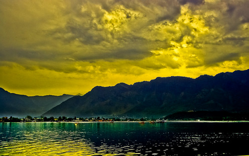 Sunset at Dal Lake !!! | by Rambonp:loves all creatures of this universe.
