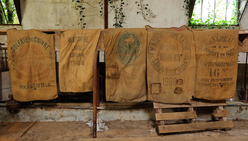 impressionnant sac toile de jute ancien 14 housse de coussin en toile de jute ancienne. Black Bedroom Furniture Sets. Home Design Ideas