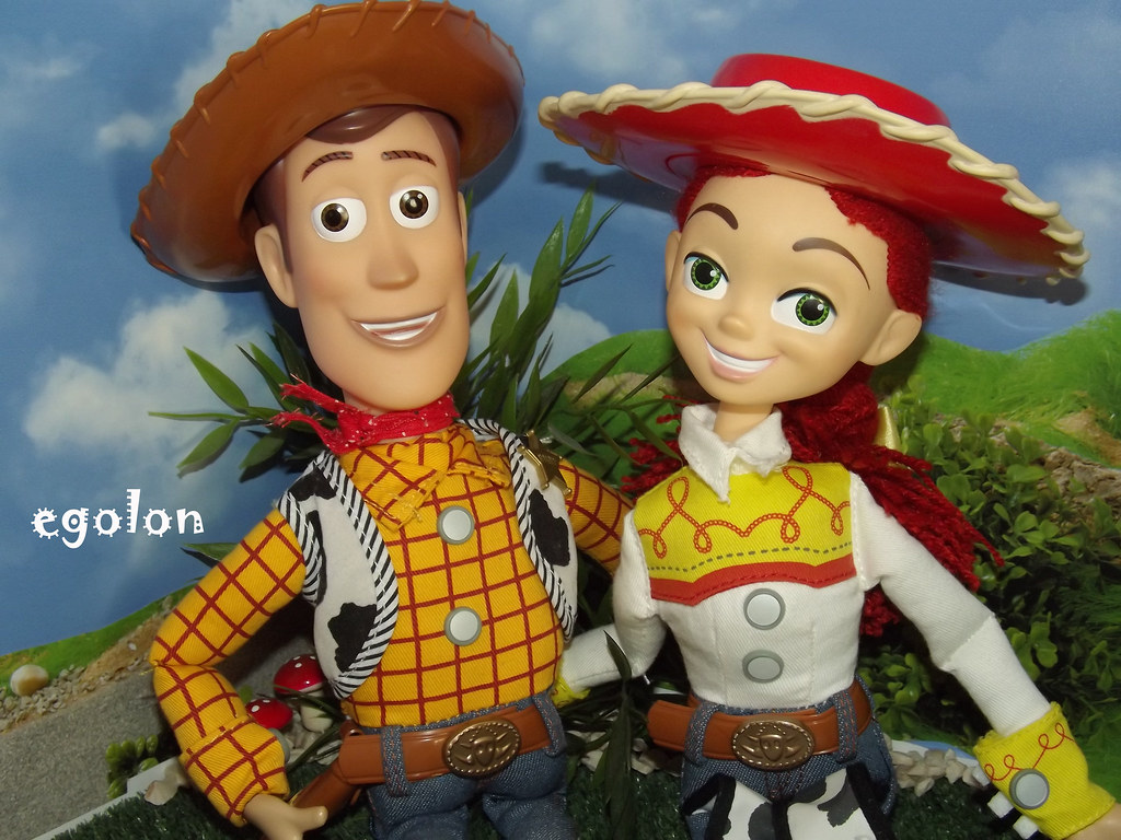 Sheriff Woody And Cowgirl Jessie Talking Figures Disney S Flickr