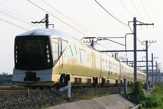 TRAIN SUITE �l�G��, E001�`(��聨����)