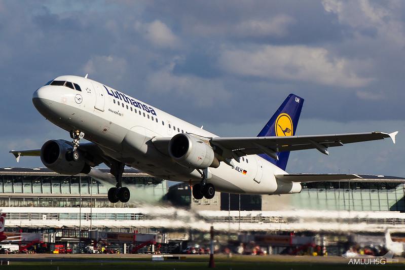 Lufthansa - A319 - D-AILH (1)