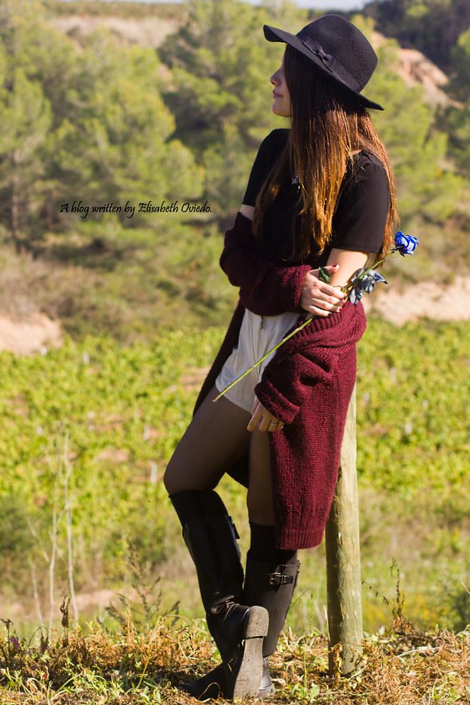 ... cardigan burgundy sombrero negro HEELSANDROSES look lady viñedos cata  Mango Inditex (3)  e63a4a3fe46