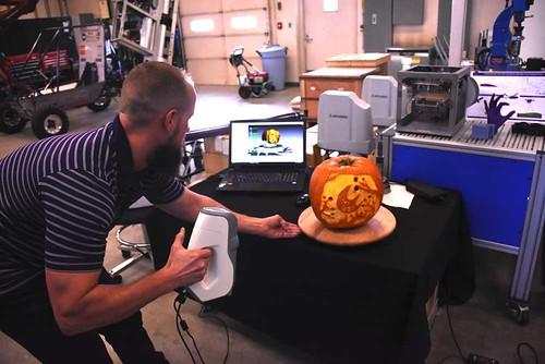 3D scanning a pumpkin