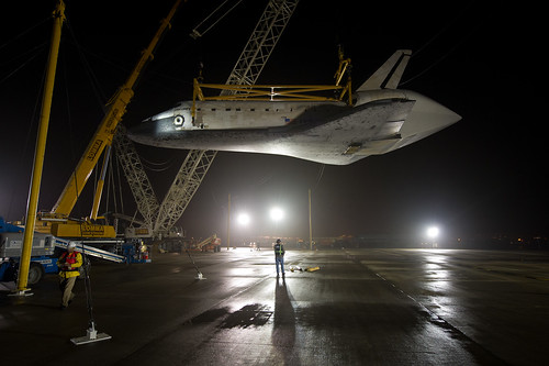 Shuttle Discovery Is Demated From SCA (201204190002HQ) | by NASA HQ PHOTO
