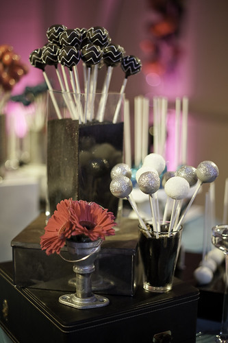 Glittered Chevron Cake Pops | by Sweet Lauren Cakes