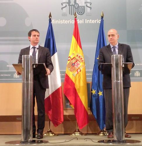 Los ministros del interior de espa a y francia han clausur for Direccion ministerio del interior madrid