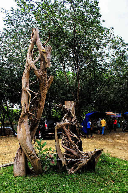 Foto Area parkir rest area Kubangkangkung.