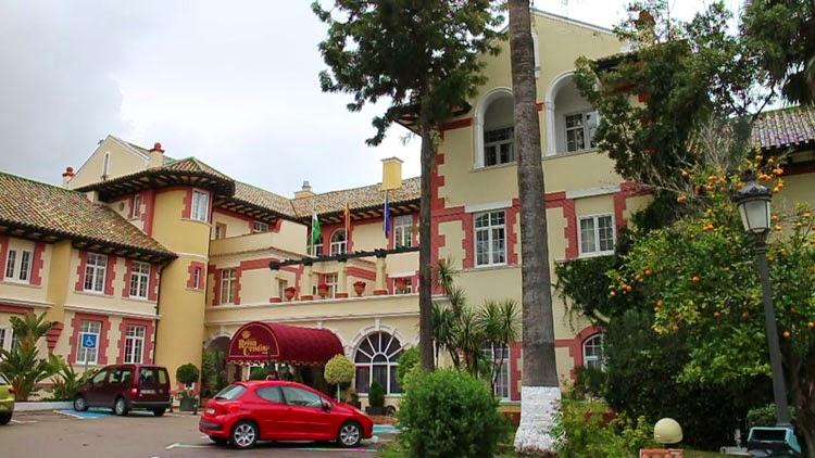 hotel reina cristina 11