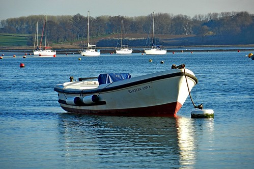 Boat at Waldringfield | by DaveJC90