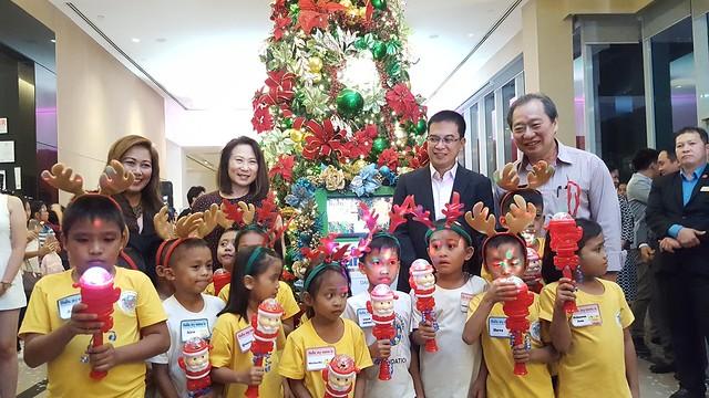 DavaoLife.com Photo | Park Inn By Radisson Davao Welcomes The Christmas Season