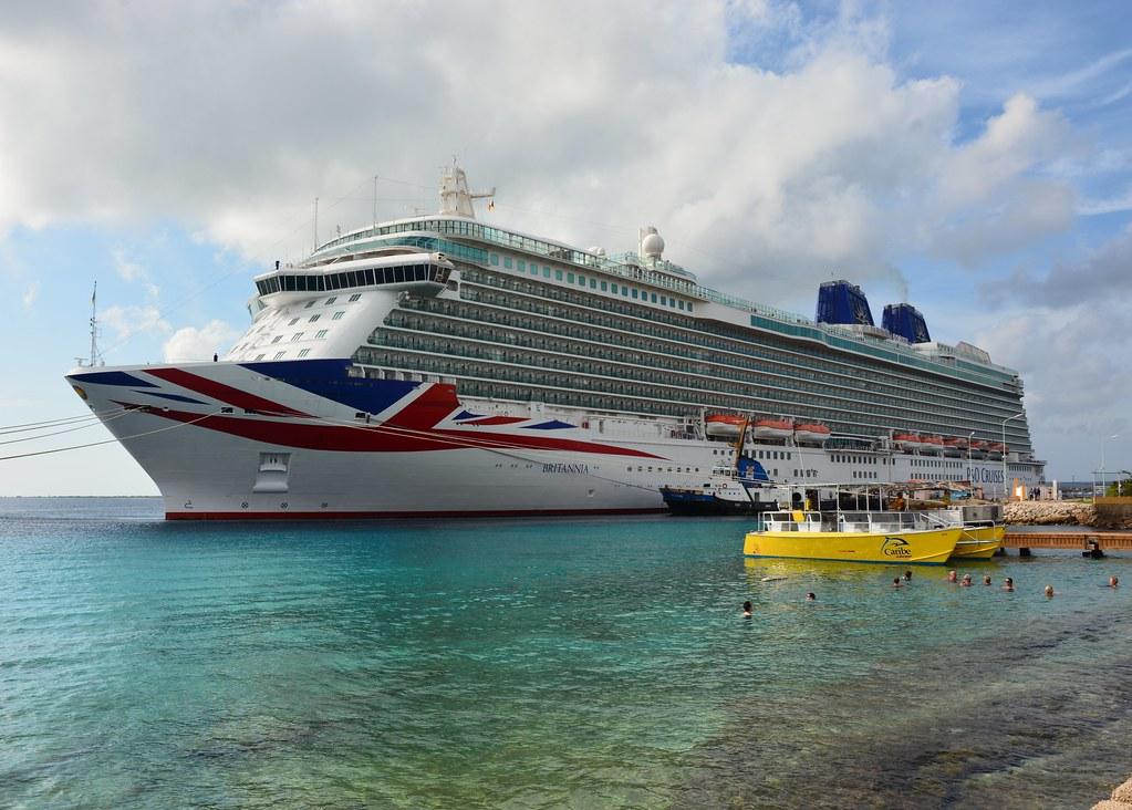 MV Britannia The Tonne Cruise Ship MV Motor Vesse Flickr - Britannia cruise ship