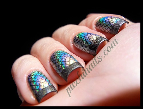Layla Hologram #05 Jade Groove staped with Color Club Revvvolution, m19 + m57 | by picchinails