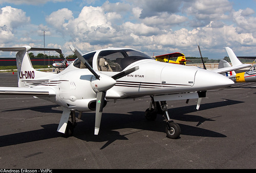 Diamond DA-42 Twin Star LN-DNO Östflyg | by Andreas Eriksson - VstPic