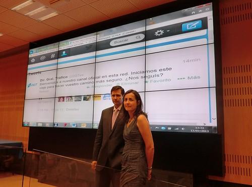 La direcci n general de tr fico lanza dos perfiles en twit for Ministerio del interior direccion y telefono