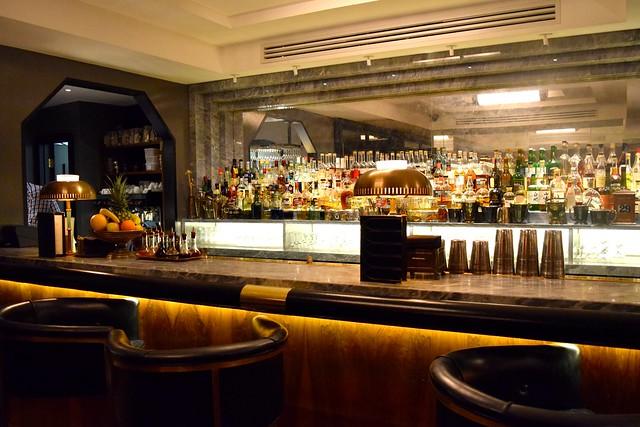 Bar at Hawksmoor, Knightsbridge | www.rachelphipps.com @rachelphipps