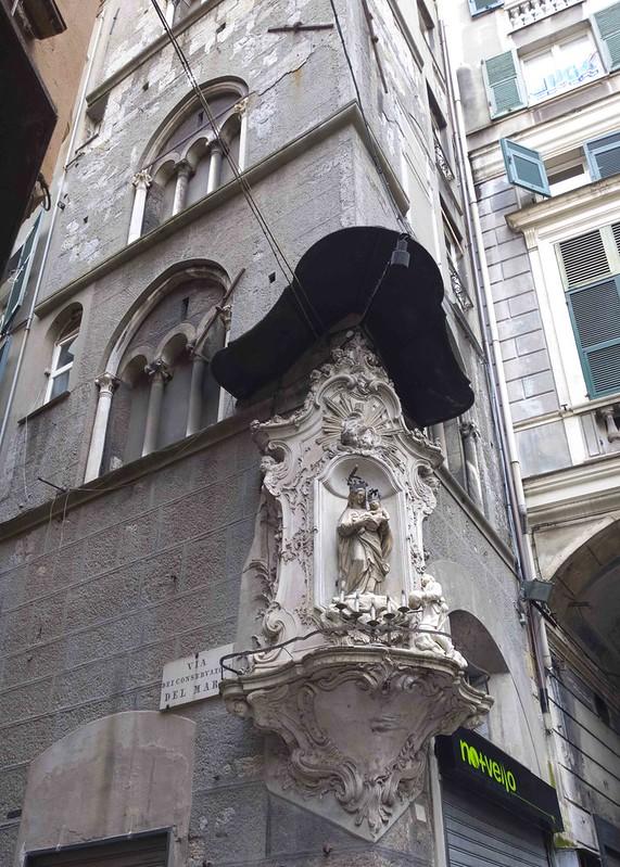 Via San Pietro della Porta com Via dei Conservatori del Mare