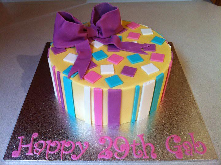 Gabs 29th Birthday Cake Jens Cakes Flickr