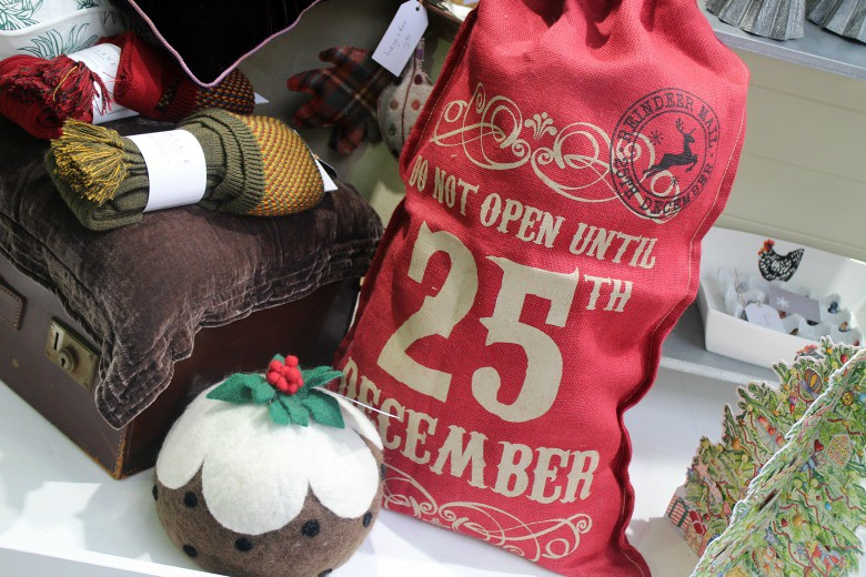 Do Open Until Christmas Sack