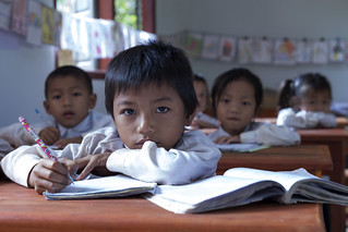 Laos: Nutritious meals are bringing more children to school | by World Bank Photo Collection