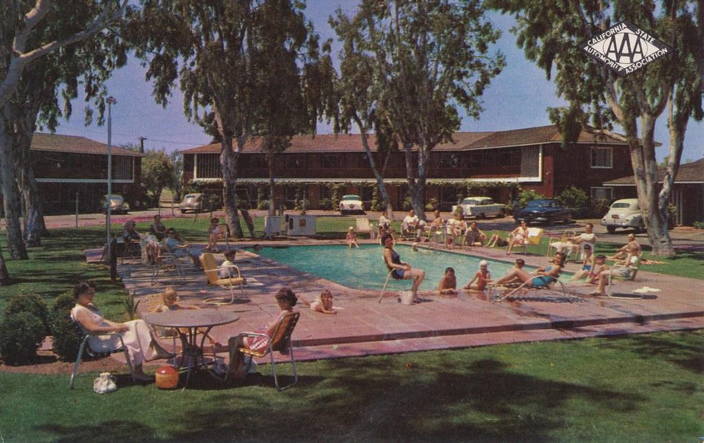 Town House Motor Hotel - Fresno, California