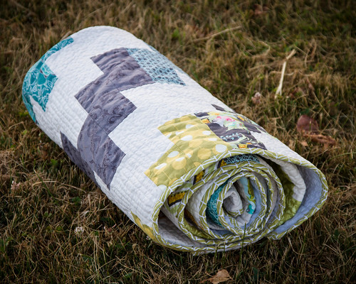 Lilly Belle Wave Quilt | by makinglifeprettier