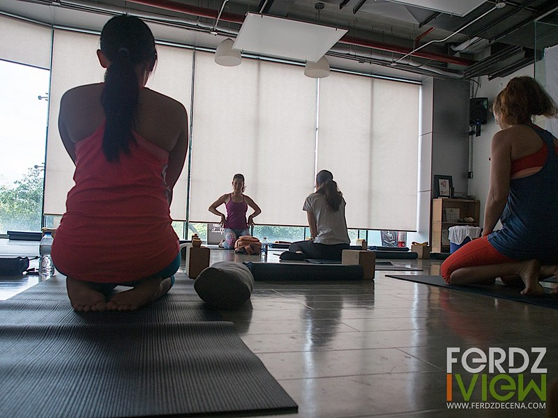 Detoxifying yoga session with Christina