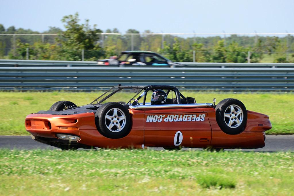 Upside-down Camaro debuts in LeMons race - Autoblog
