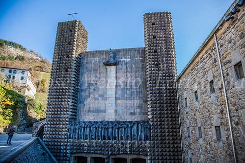 Santuario de Arantzazu #DePaseoConLarri #Flickr -2960