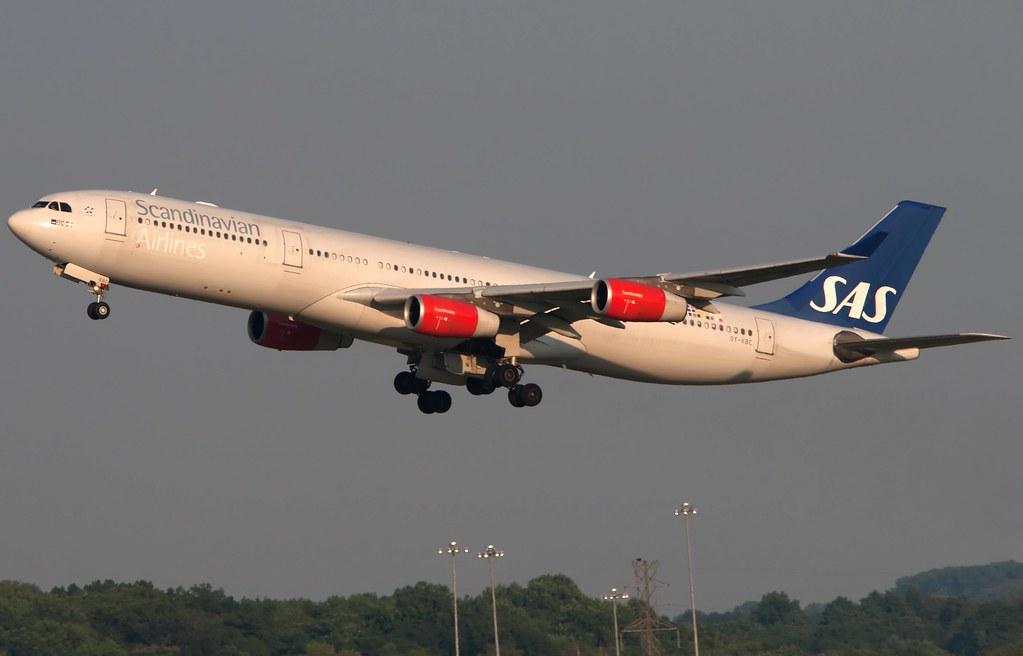 Scandinavian Airlines Airbus A340-313X OY-KBC | SAS926 Off t