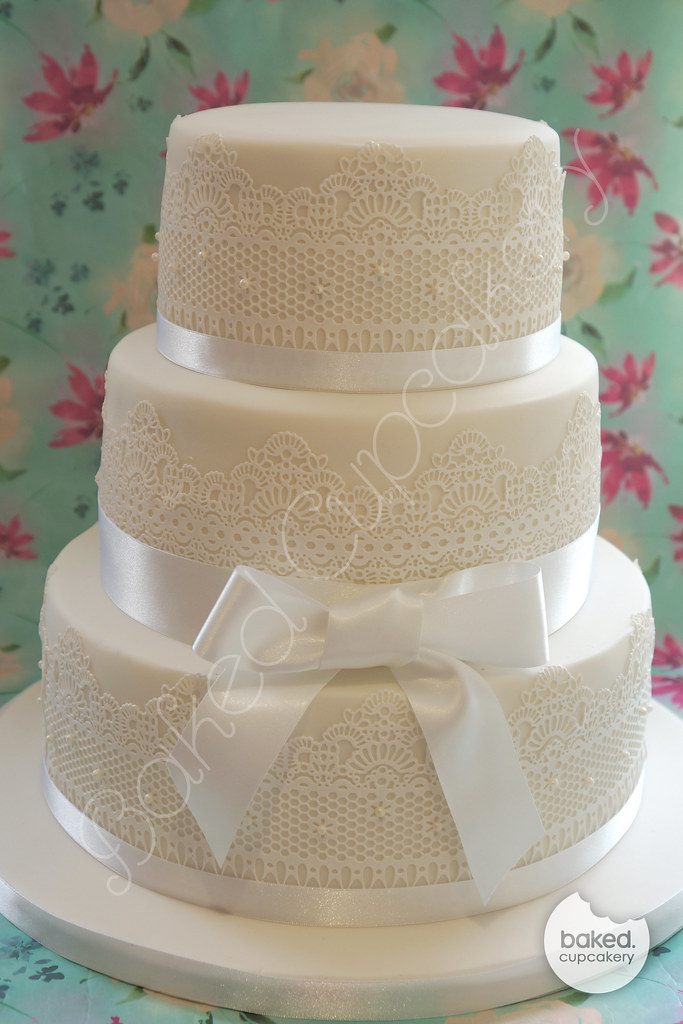 White Lace & Pearl Wedding Cake | Beautiful lace finish, per… | Flickr