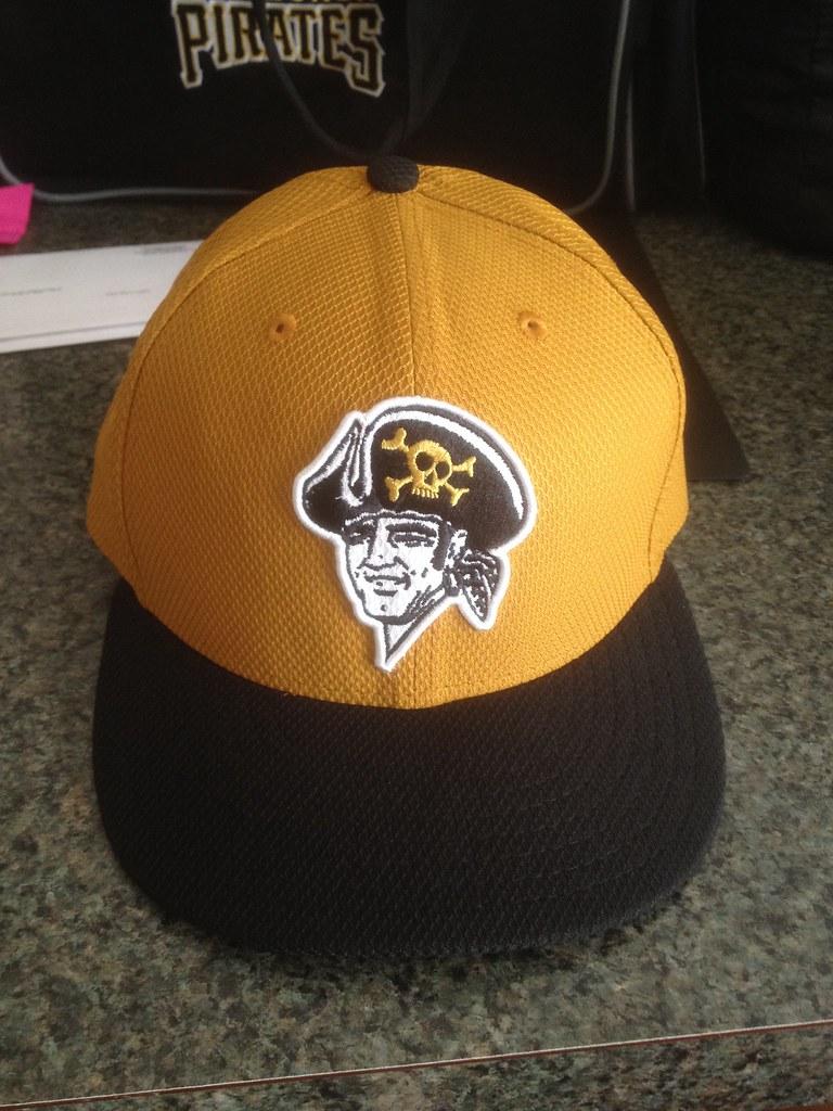 ... 2014 Pittsburgh Pirates Alternate Batting Practice Hat  3430297337c