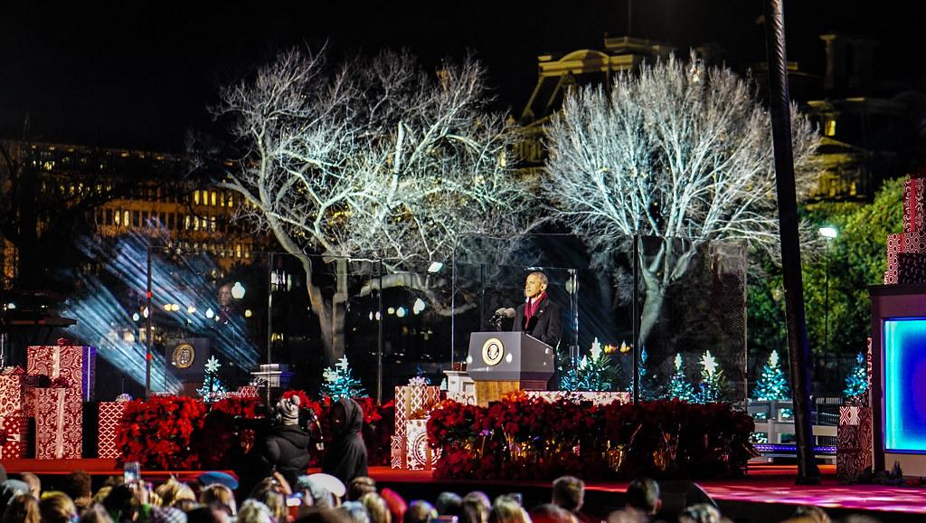 20161201 christmas tree lighting ceremony white house washington dc usa 09324 - Washington Dc Christmas Tree
