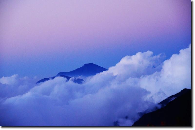 北大武山登山步道3.8K光明頂北眺大母母山 1