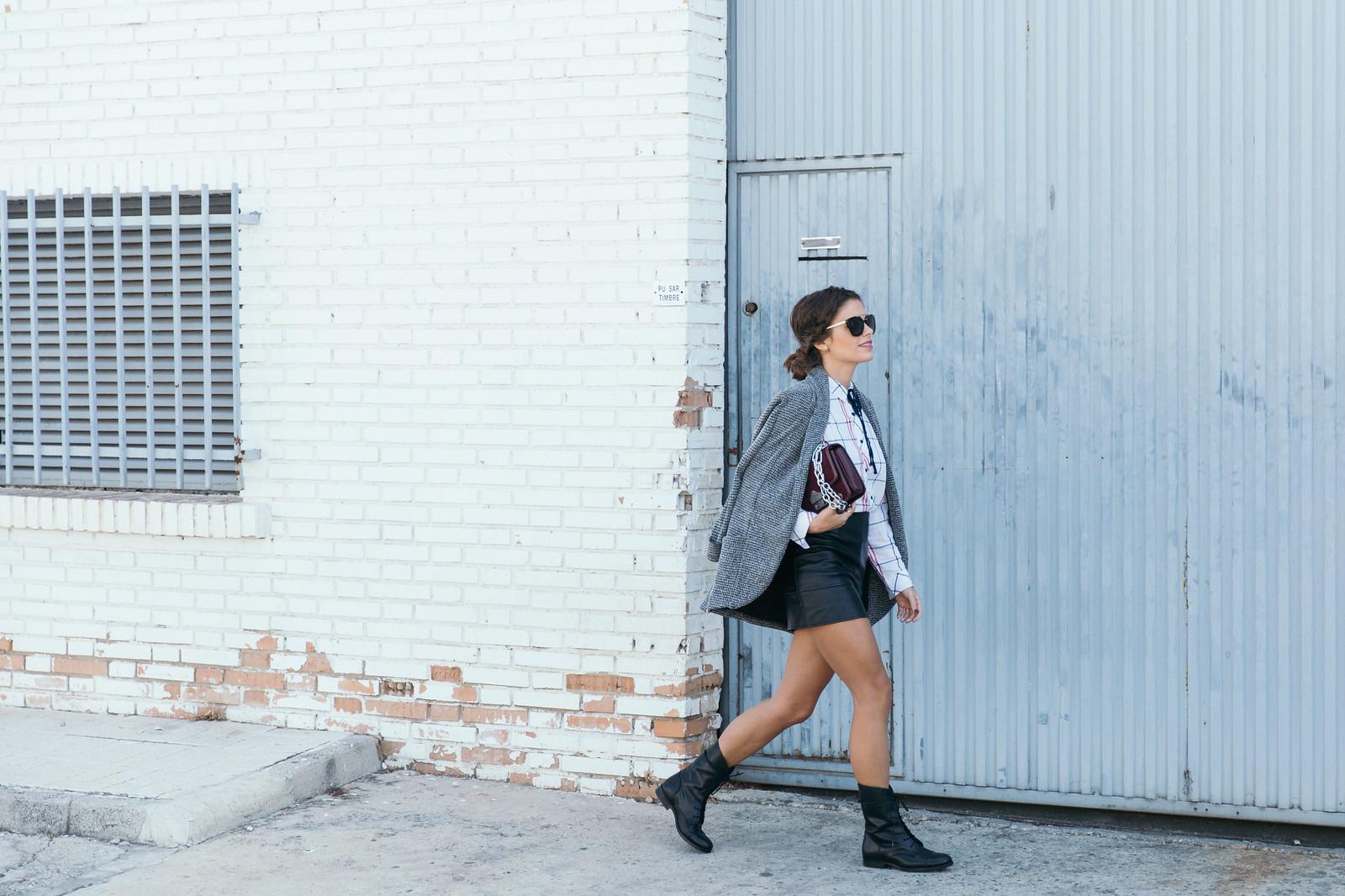 Jessie Chanes Seams for a desire - Black Boots Itshoes Parfois bag faux leather skirt-6