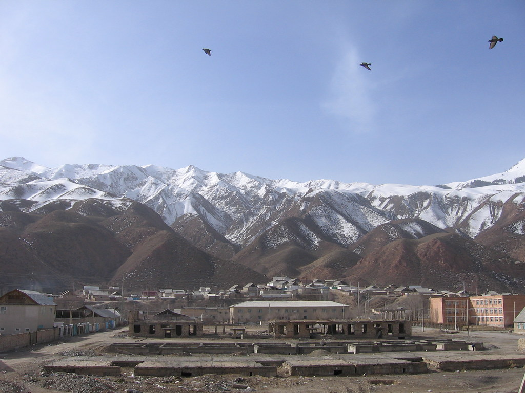 Naryn city - a free economic zone not far from the border with China