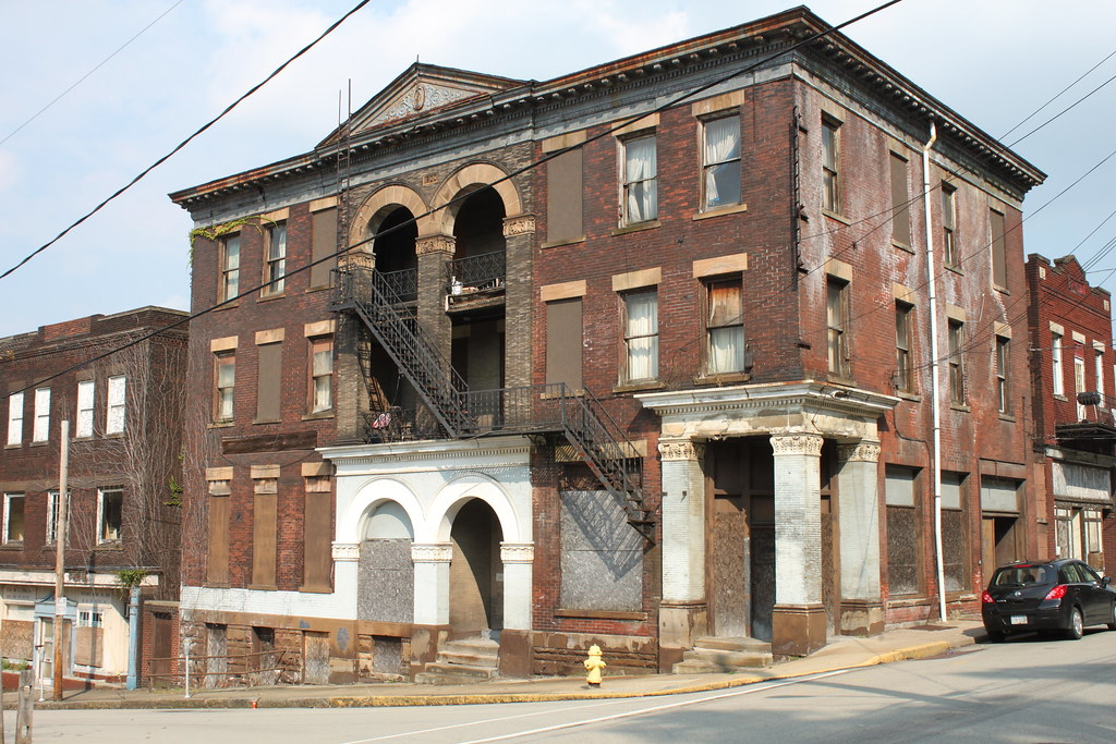 Monessen, Pennsylvania (PA 15062) profile: population, maps, real ...