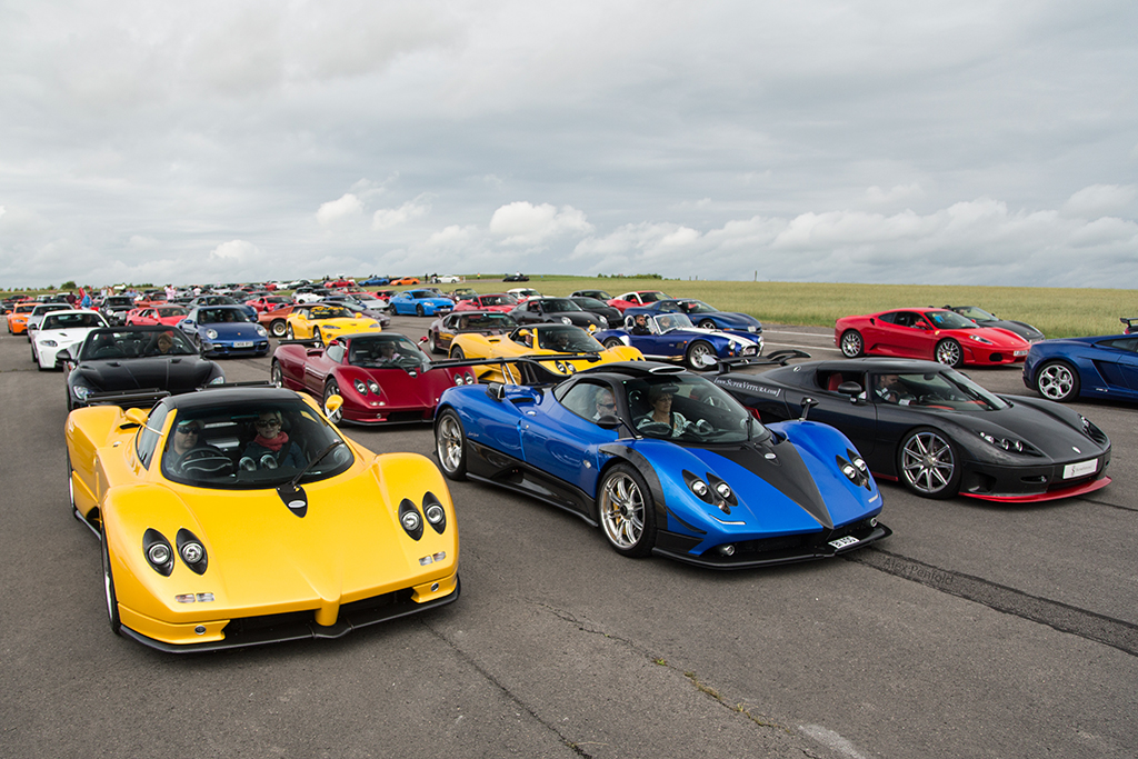 A Lot Of Cars At The Airfield Before Wilton House Alex Penfold