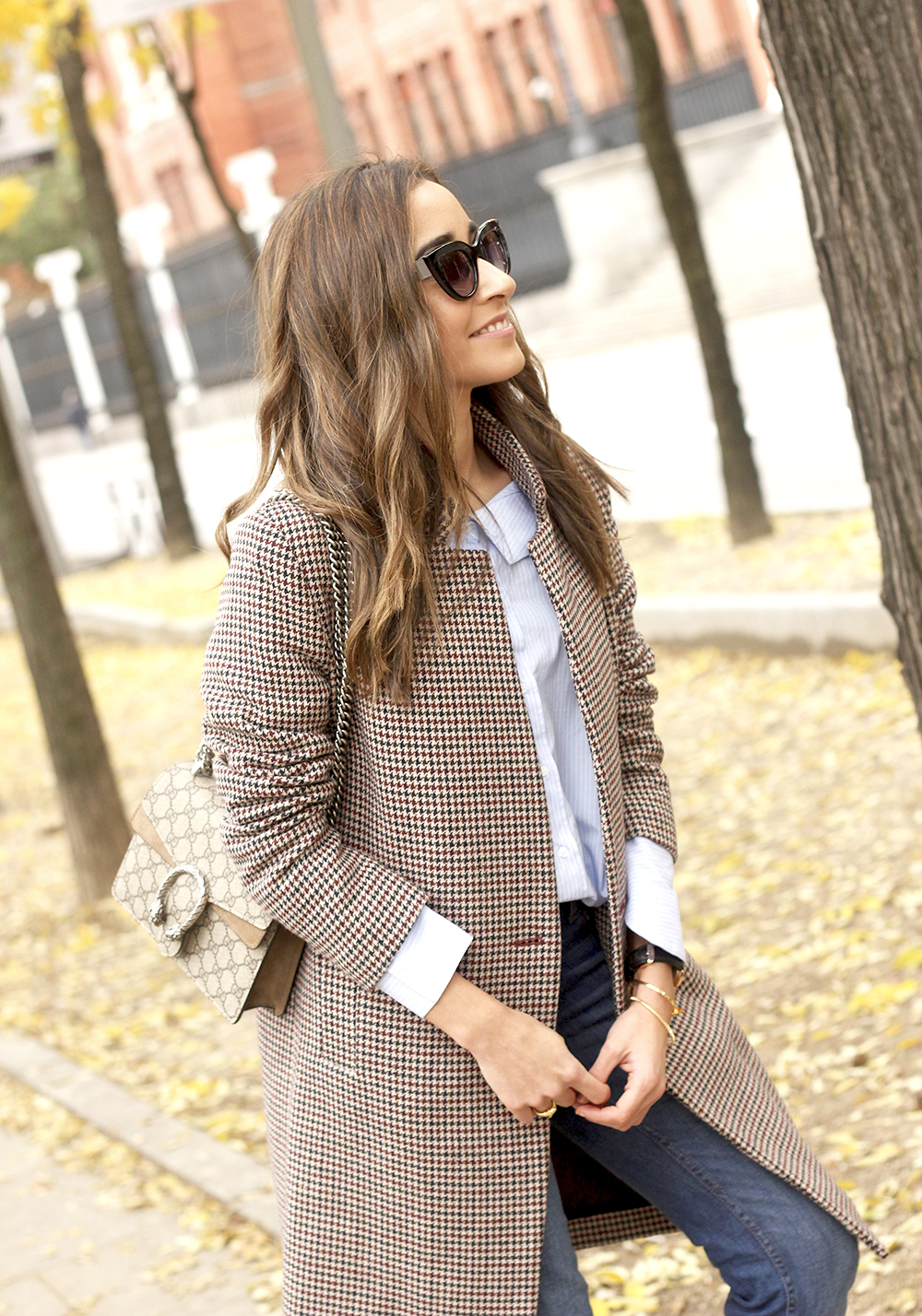 Houndstooth Coat striped shirt burgundy uterqüe heels gucci bag outfit style fashion10