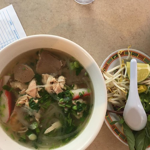 #pho taste particularly good on a cold winter day in Minneapolis. Minnesota has one of the largest Hmong population in the US with many in the restaurant industry.