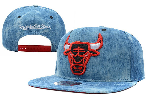 f89c4430429 ... Chicago Bulls Snapback Acid Wash Denim Hat Mitchell Ness NBA Caps  Adjustable
