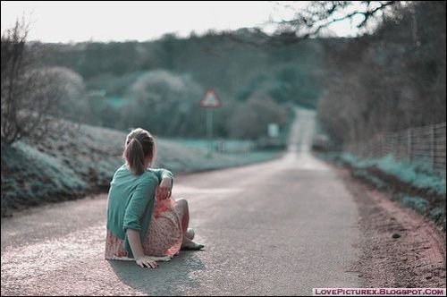 sad girl alone broken heart road 1014 lovepicturex blogspo flickr