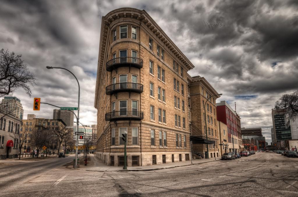 ... Ambassador Apartments (Breadalbane Block), Winnipeg   By Morrismulvey